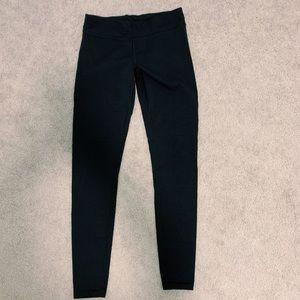 Girls Full Length Black Ivivva Leggings!